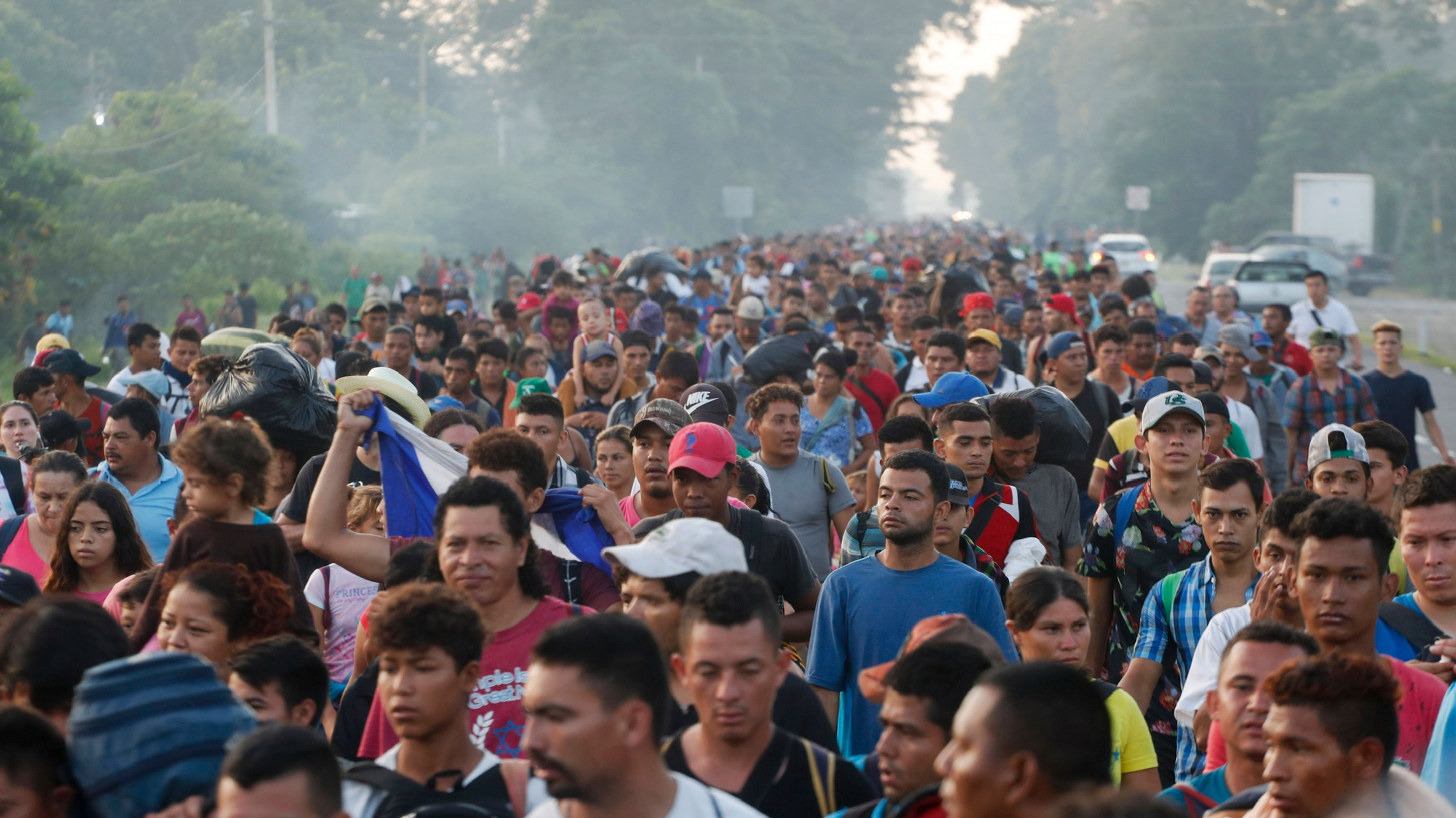 Honduras Central American Migrant Caravan Forcefully Enter United States