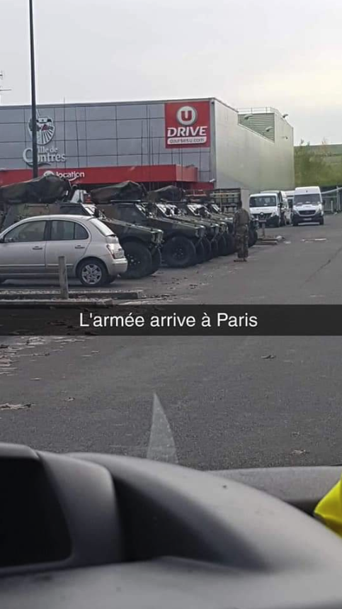 France Army Vehicle 3