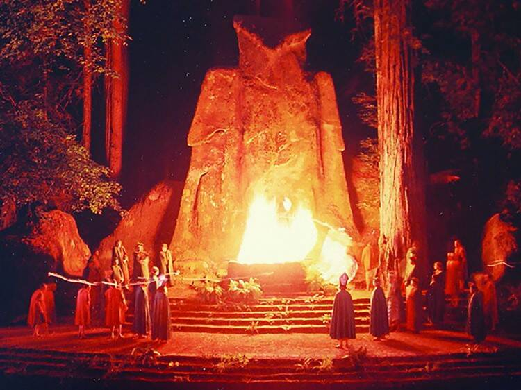Bohemian Grove Cremation Of Care Ceremony Moloch Owl Statue