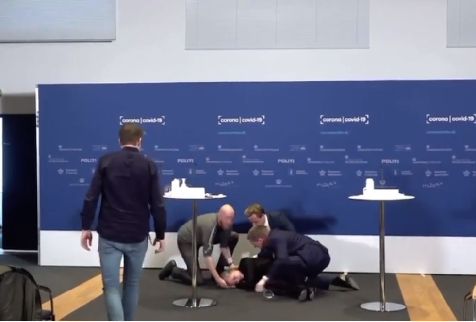 Denmark Woman Passes Out During Covid Vaccine Press Brief